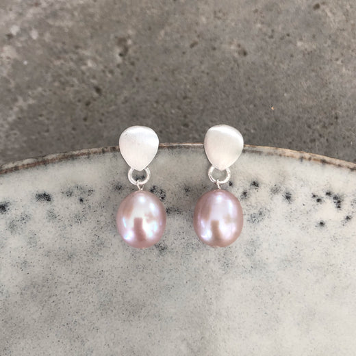 FIONA ROSE PEARL SILVER STUD EARRING