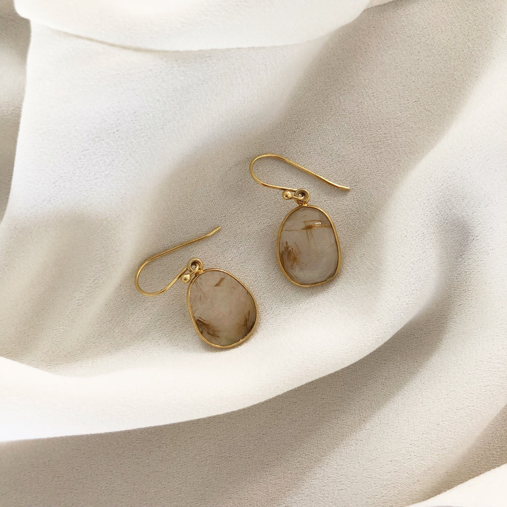 RUTIL QUARTZ GOLDEN DESIGN EARRING