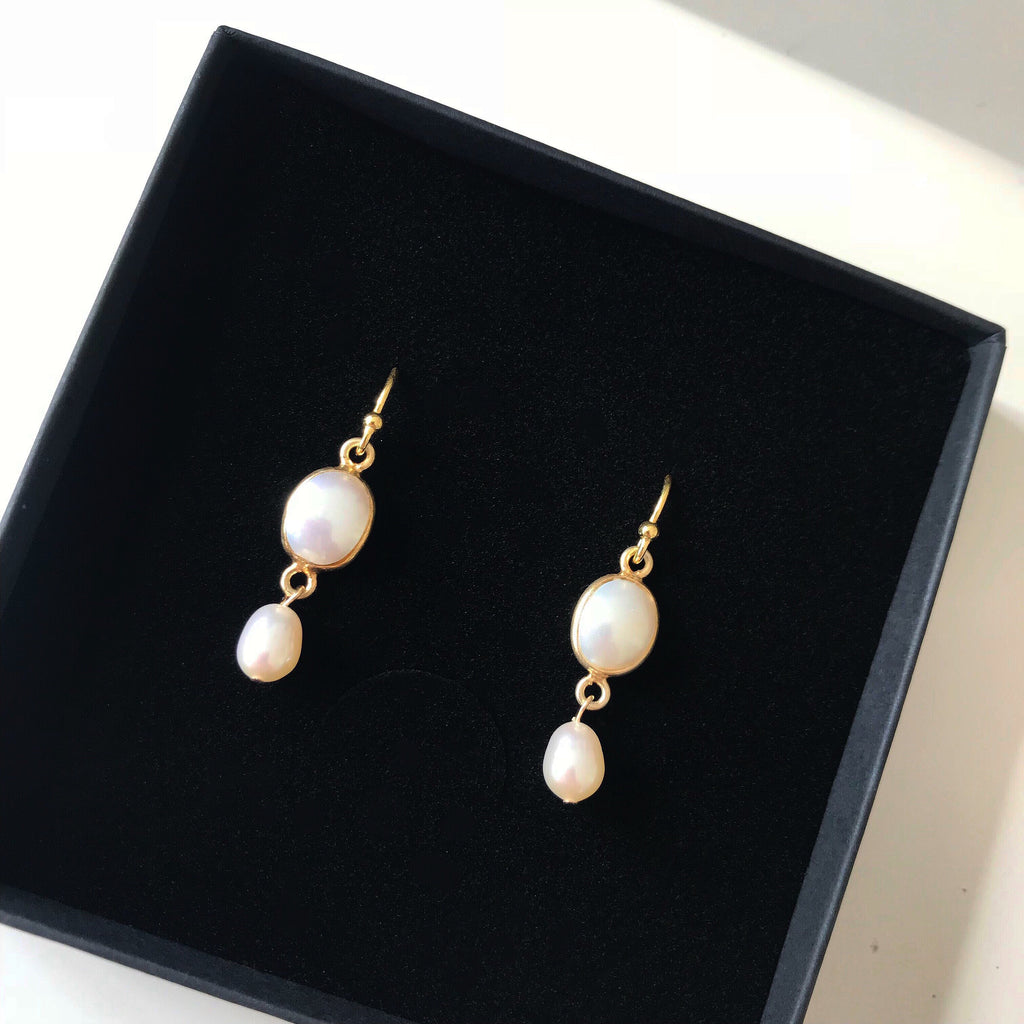 PEARL GOLDEN DESIGN EARRING #60