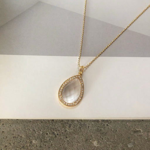 ALEXA CRYSTAL GOLDEN NECKLACE