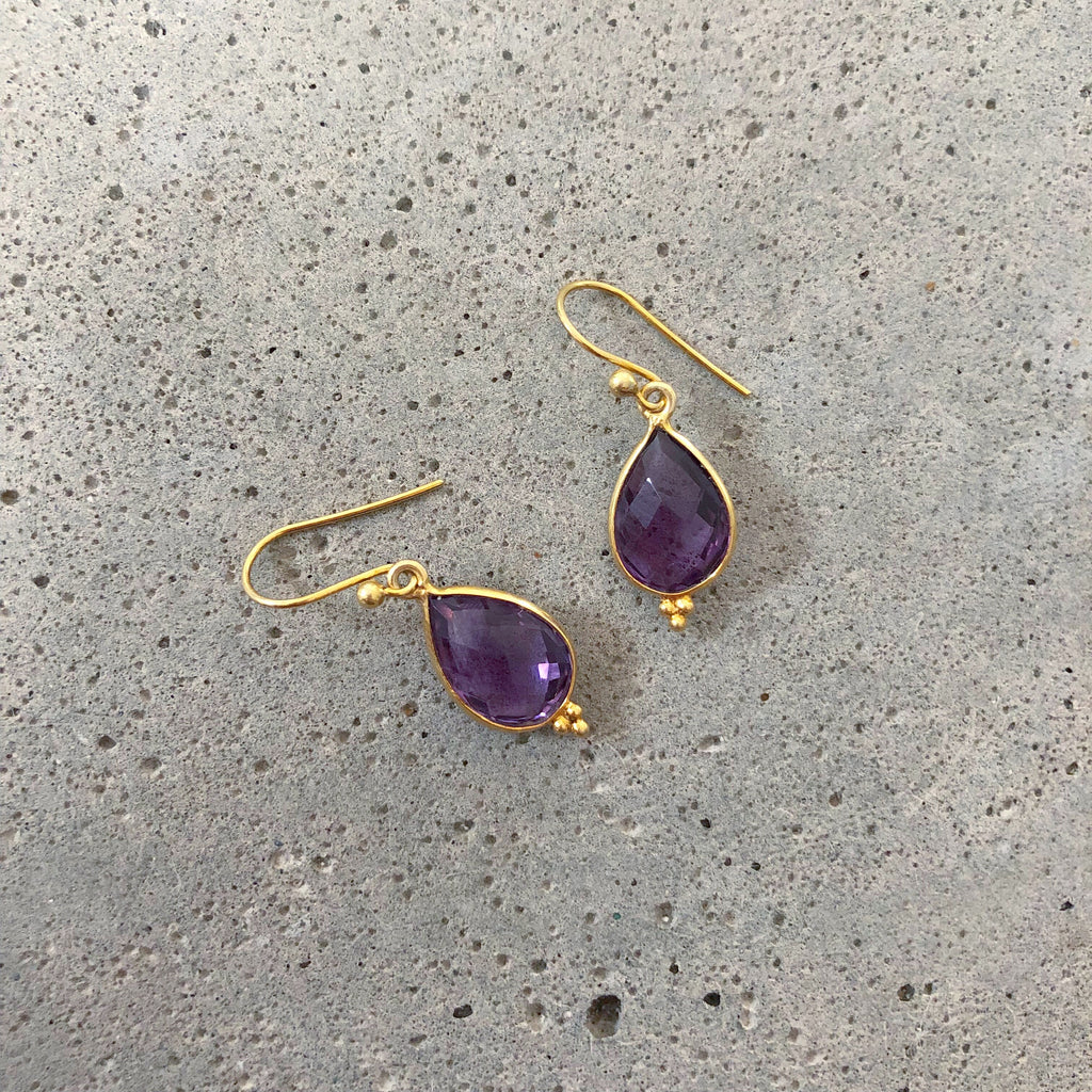 AMETHYST GOLDEN DESIGN EARRING #20