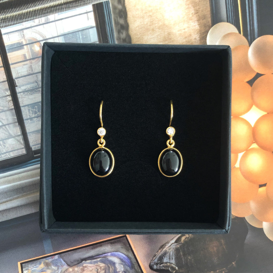 LUNA BLACK GOLDEN ZIRCONIA EARRING