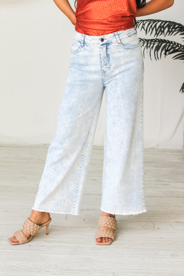 The Smith Wide Leg Frayed Jeans