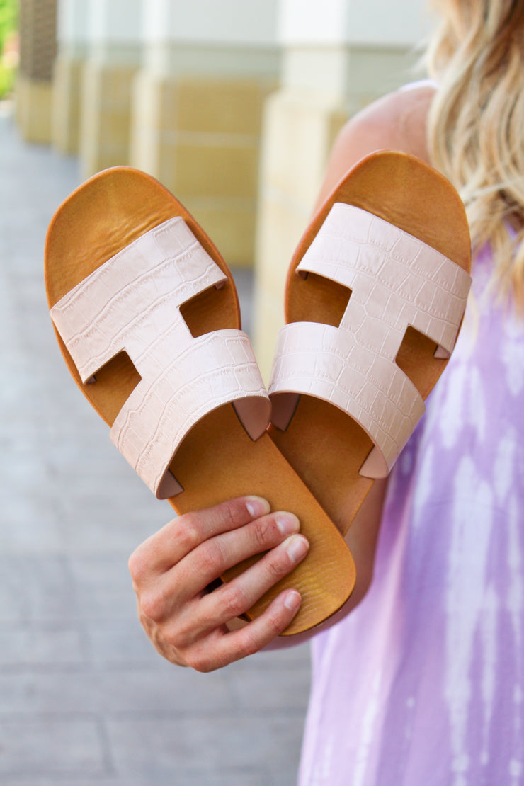 Sandy Toes Crocodile Sandals