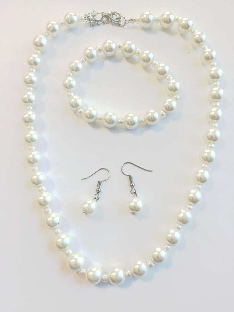 Ivory Glass Pearl Necklace, Bracelet and Earrings Set