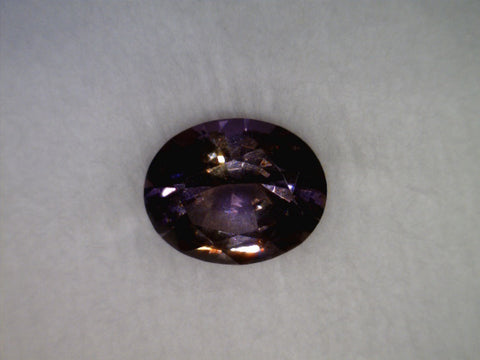 Color-changing Garnet, Madagascar, oval cut, 1.69cts