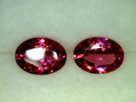 Red Spinel, Burma, oval cut, 0.79cts/pair
