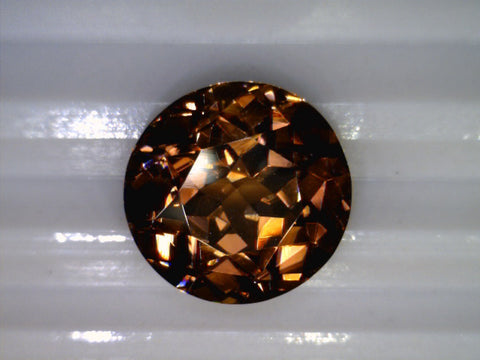 "Zircone ""Copper"", Madagascar, 8.10cts"
