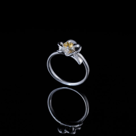 "Single bud flower ring ""citrine"""