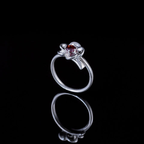 "Single bud flower ring ""garnet"""