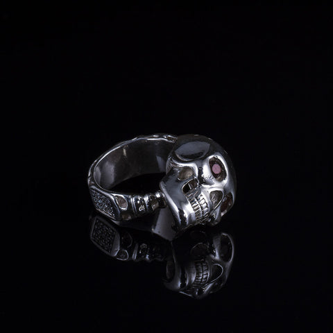 Skull Ring w/Garnet Eyes w/White Diamonds on Bottom, Ring