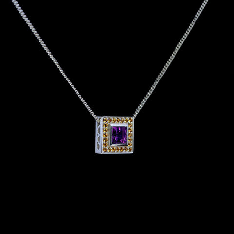 Daylight Pendant in white gold with white sapphire pave