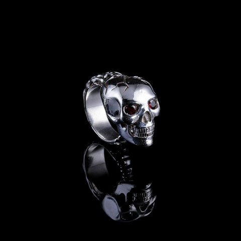 Evolution ring l is a Skull ring with garnet eyes
