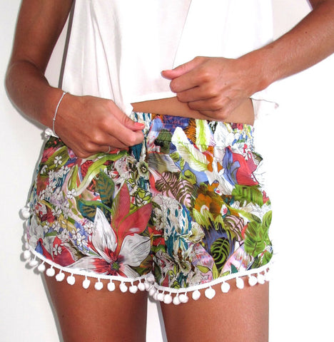 Dana Shorts Colour Flower - Ruby Sky