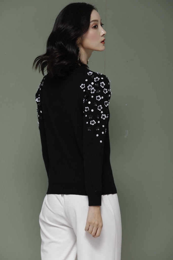 Black Casual Pullover - Pullovers