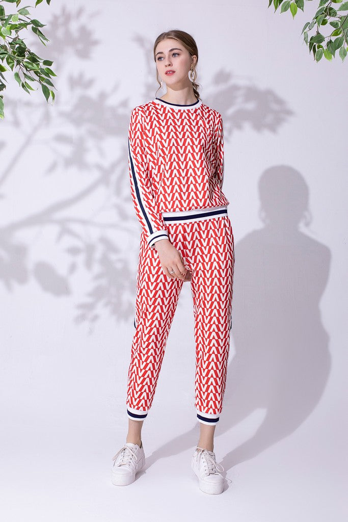 White & Red & Black Day Set (Blouse & Pants)