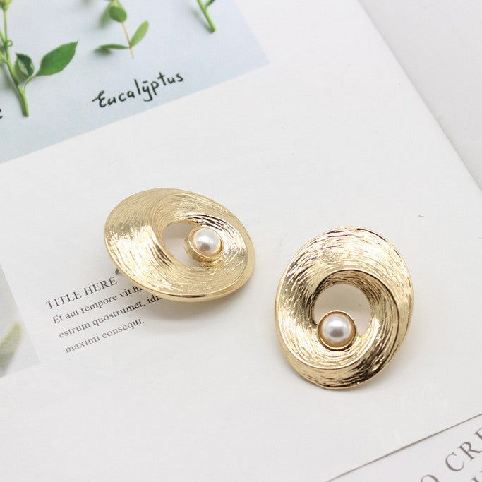 Earrings with Pearl - Earrings