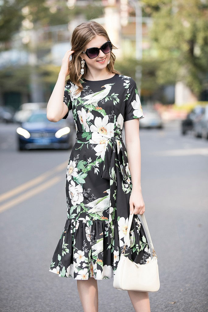 Black & White & Green Day Dress - Dresses