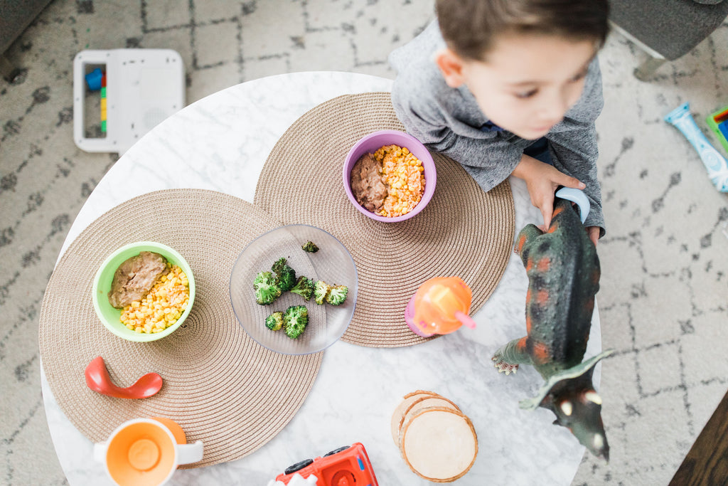 5 Ways to Model Healthy Eating at Family Meals