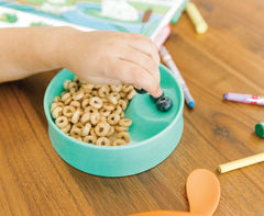 test your child's handedness away from the dinner table