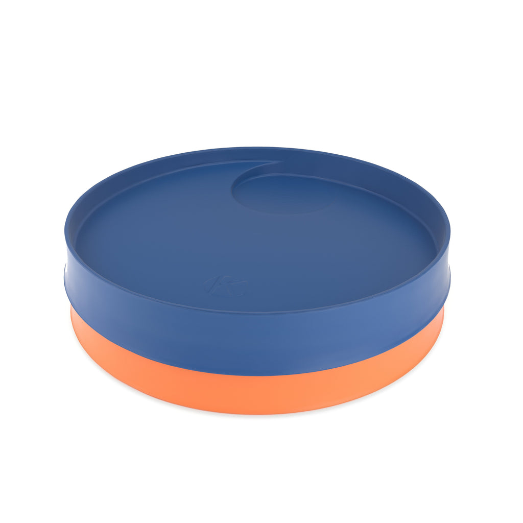 Kizingo baby and toddler nudge plates in blue and orange