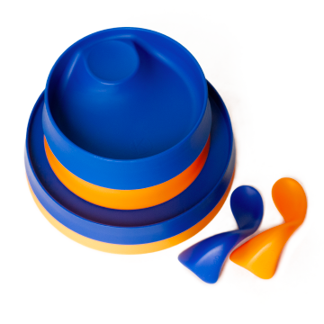 kizingo baby and toddler feeding set in blue and orange