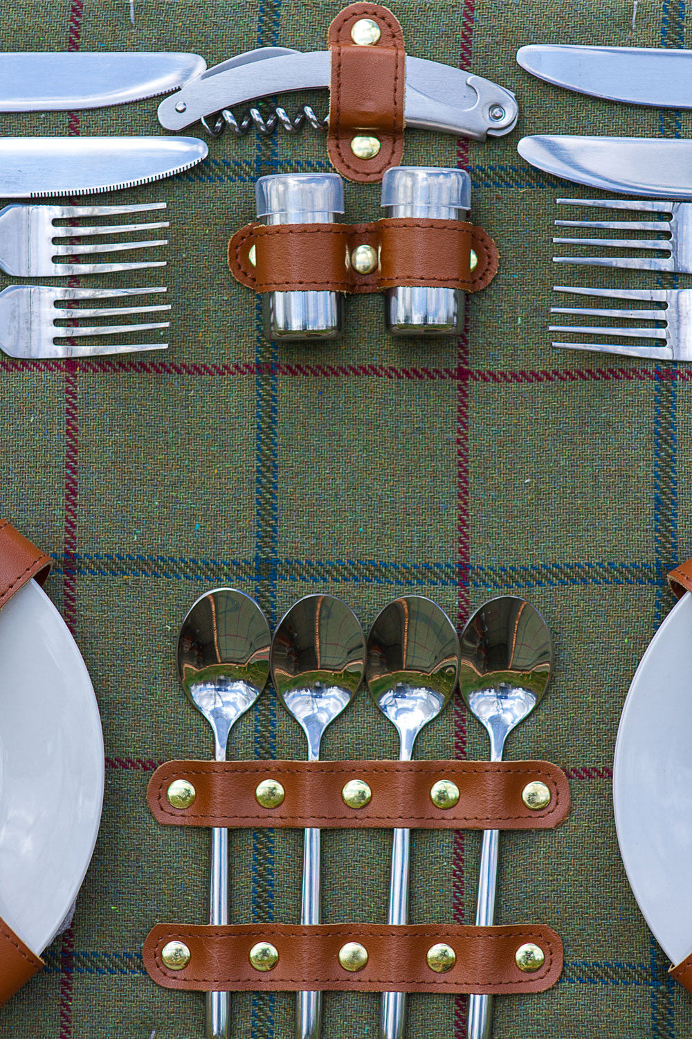 Green Tweed Tartan Hamper for 4 - Eaton Hampers & Basketware