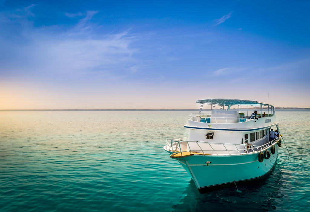 15 Things You Shouldn't Do on a Liveaboard Dive Trip