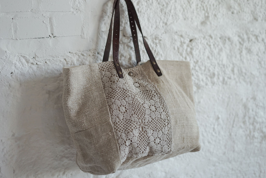 FRENCH LINEN BEAUTIFUL BAG WITH LEATHER HANDLES