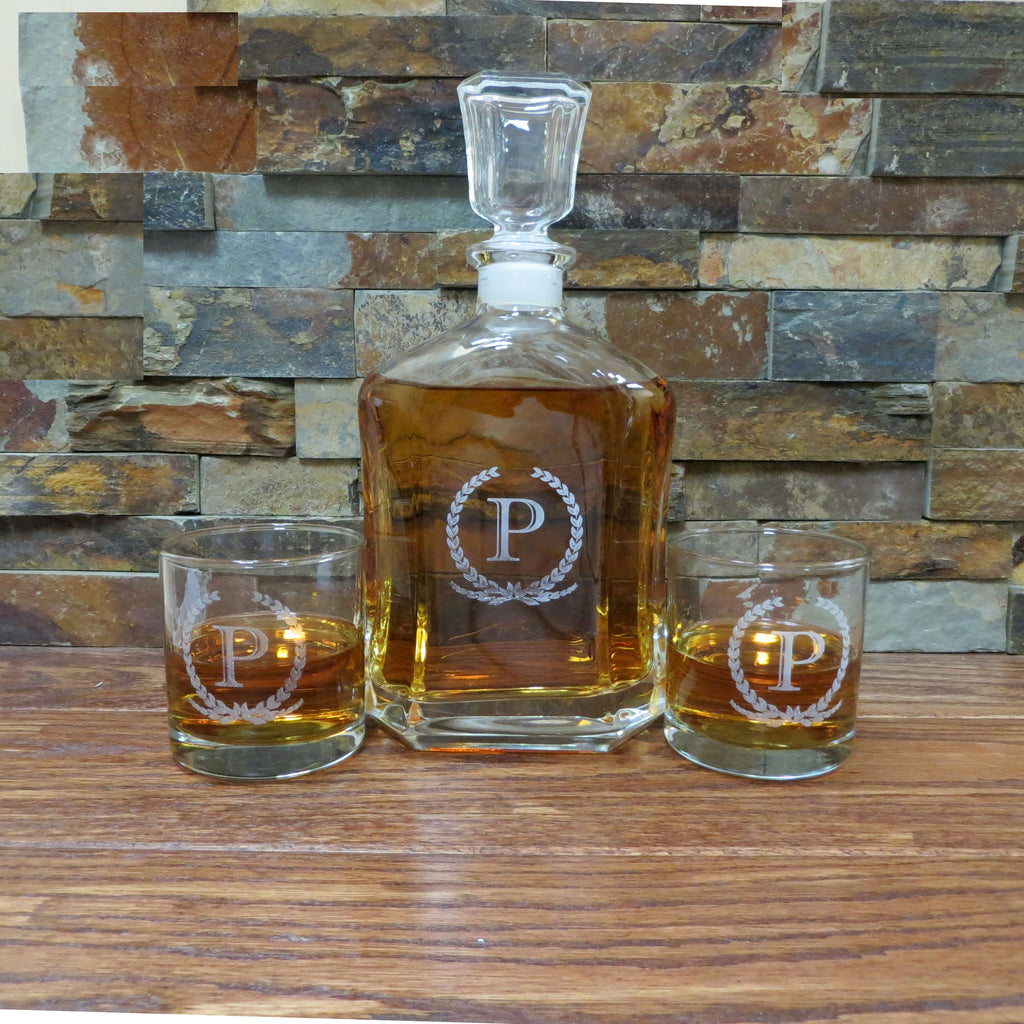 Personalized Whiskey Decanter with Whiskey Glasses