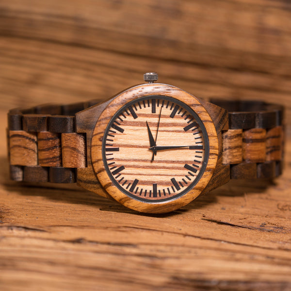 Dark Brown Sandalwood Wood Wrist Watch