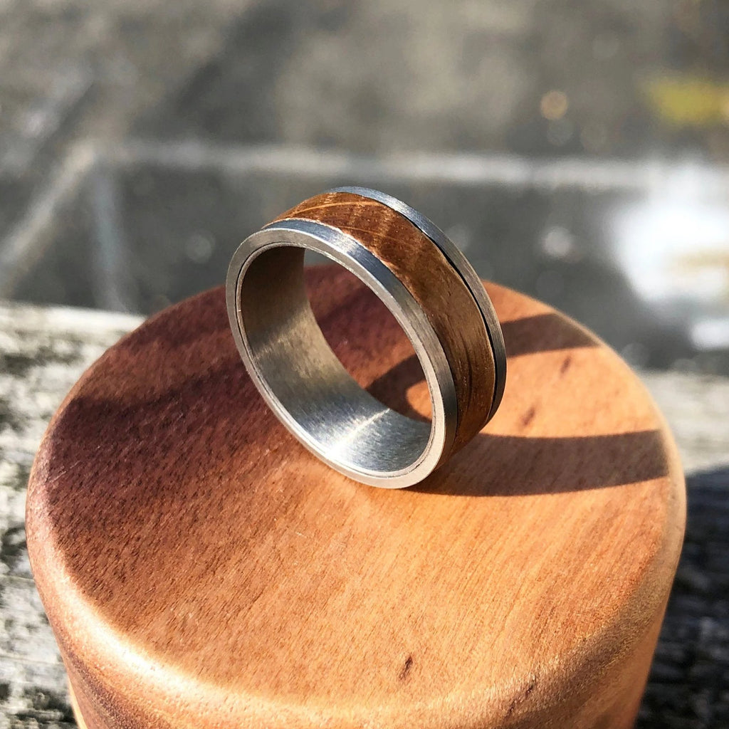 Men's Wedding Band made of Tungsten and Barrel Wood