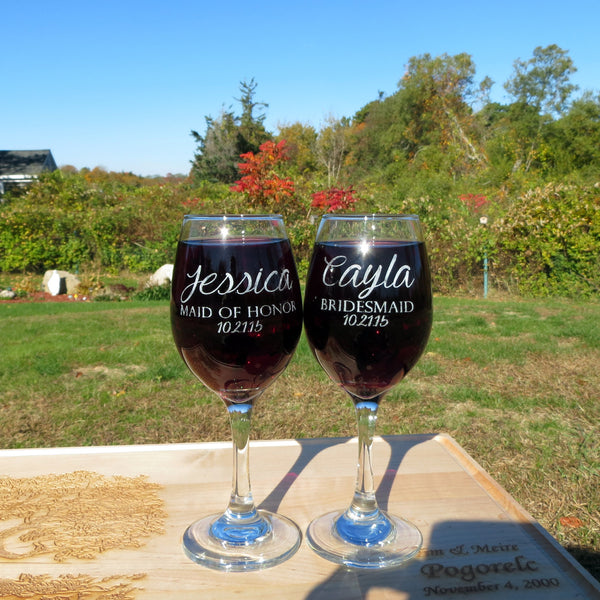 Set of 2 Personalized Wine Glasses