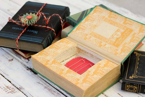 The Vintage Book Storage Box