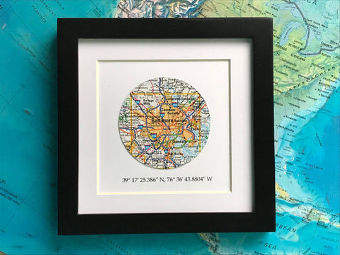 Framed Map with Customized Coordinates