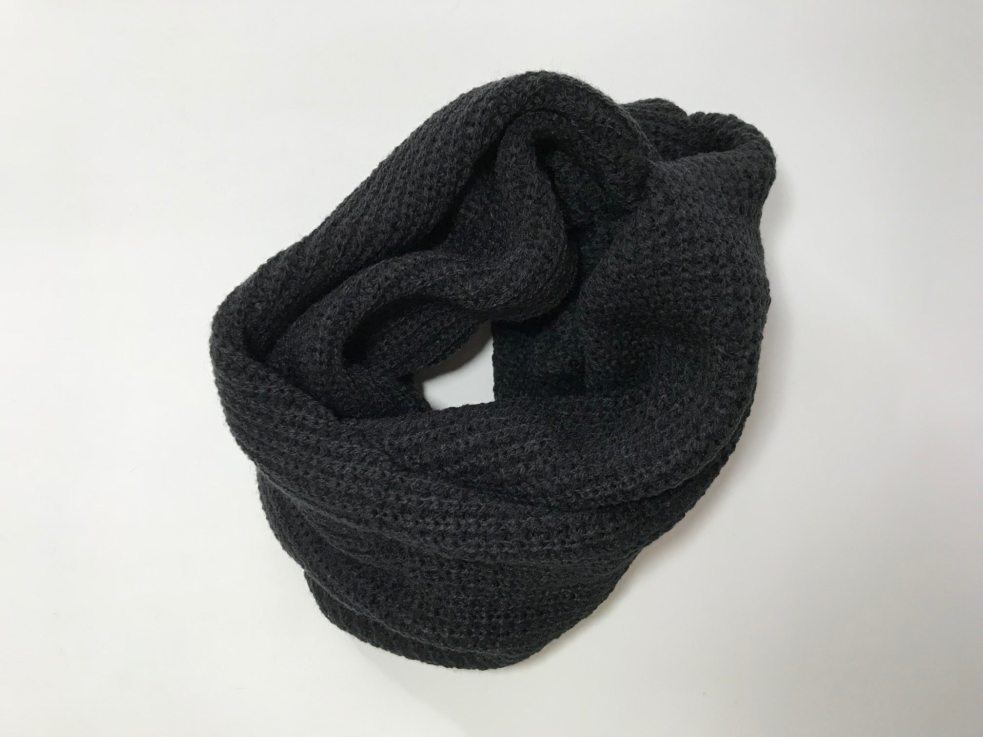 NECKHAT Beanie and Neck Warmer - Black
