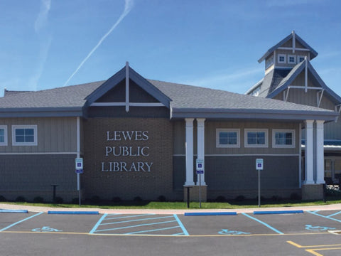 lewes public library silent book club