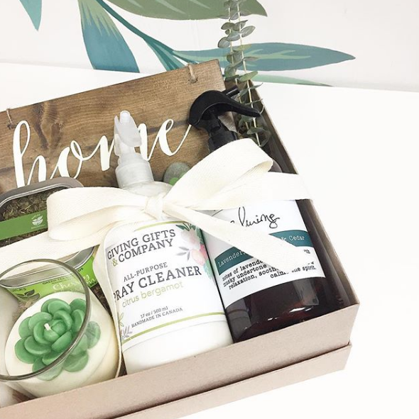GREEN NEW HOME Gift Box or Basket