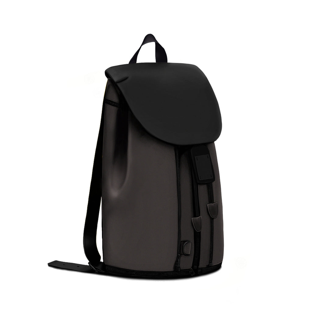 BACKPACK IN BLACK & BROWN LEATHER