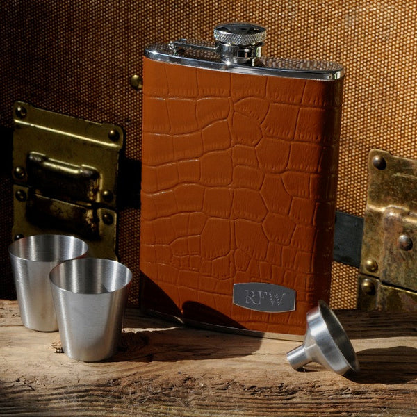 Personalized Tycoon Brown Leather Flask Set Personalized Tycoon Brown Leather Flask Set