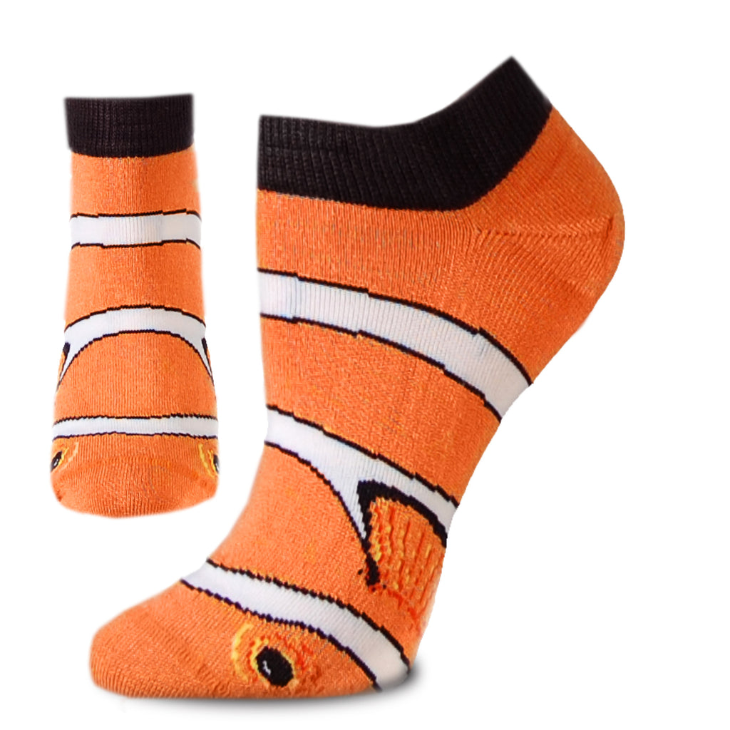FBF Real Clown Fish on a Foot Form shows the bright colors of the Tennessee Orange with the Black and White and Yellow on fins and around the eyes.