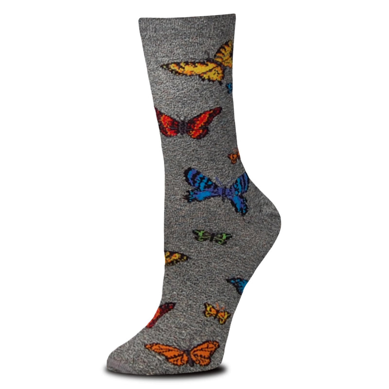 For Bare Feet Realistic Butterflies starts on a Marble Grey background. This makes the colors of the Butterflies stand out! Fusion Coral and Coral Reef, Blazing Yellow, Atlantis Blue, Delft. Greenery and Grey.