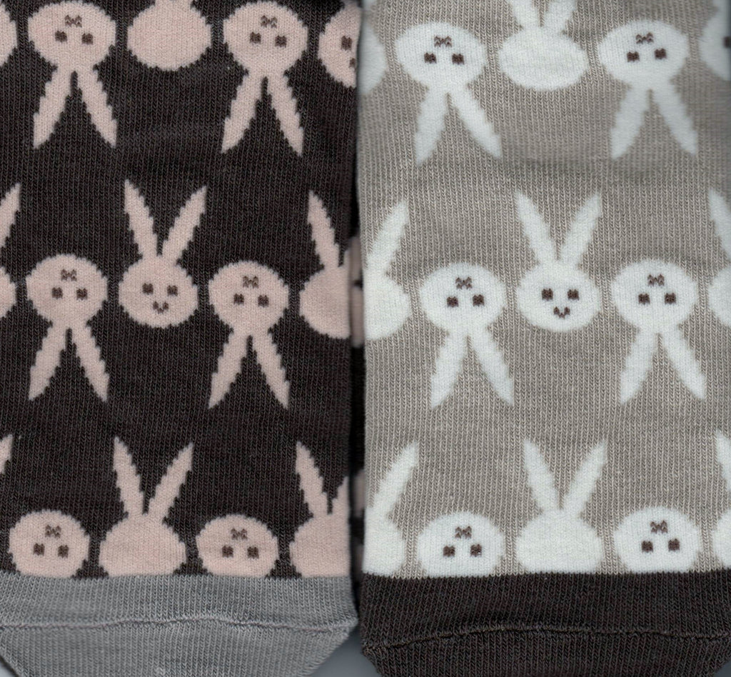 Shinzi Katoh designed these Mismatched Rabbit Socks. The Socks are in Taupe and Cream and Brown with Desert Sand.