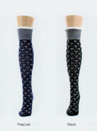 Legmogue Mini Diamond is a Sherpa Lined Knee High Lounge Sock with Non-Skid on the bottom. Peacoat is a Navy Blue and comes in Black. Mini Diamonds are knitted all over the socks.