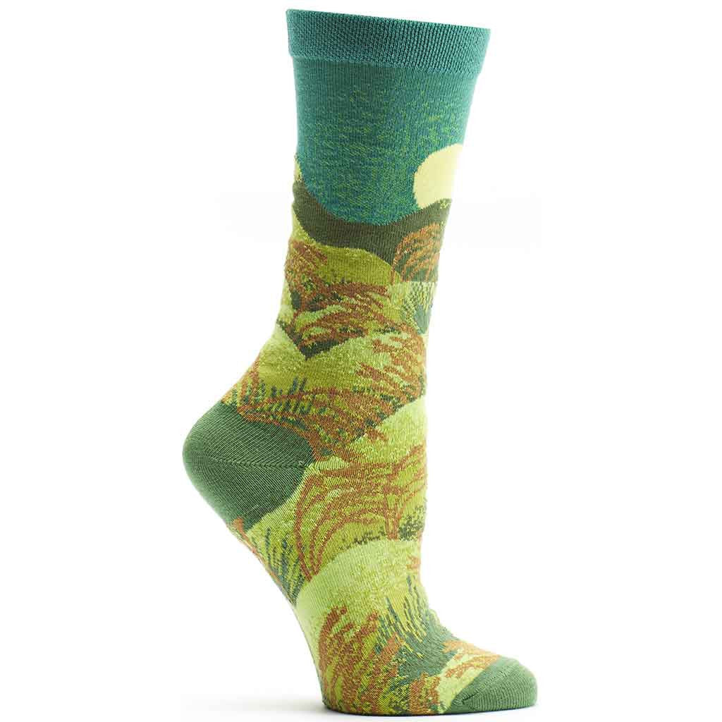 Ozone 4 Seasons Summer Sock is all in Lush Greens. Green, Chartreuse and Avocado with Greens and Browns for the Grasses. The Sun shines in another color of Maximum Green Yellow.