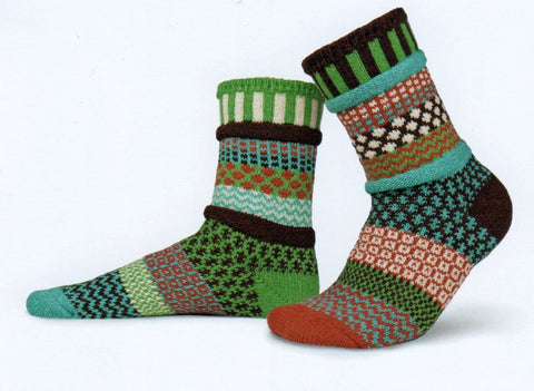 Solmate Socks Autumn September Sun Sock is Mismatch heaven in colors of Chocolate, Sea Foam Green, Cream, Spice and Apple Green.