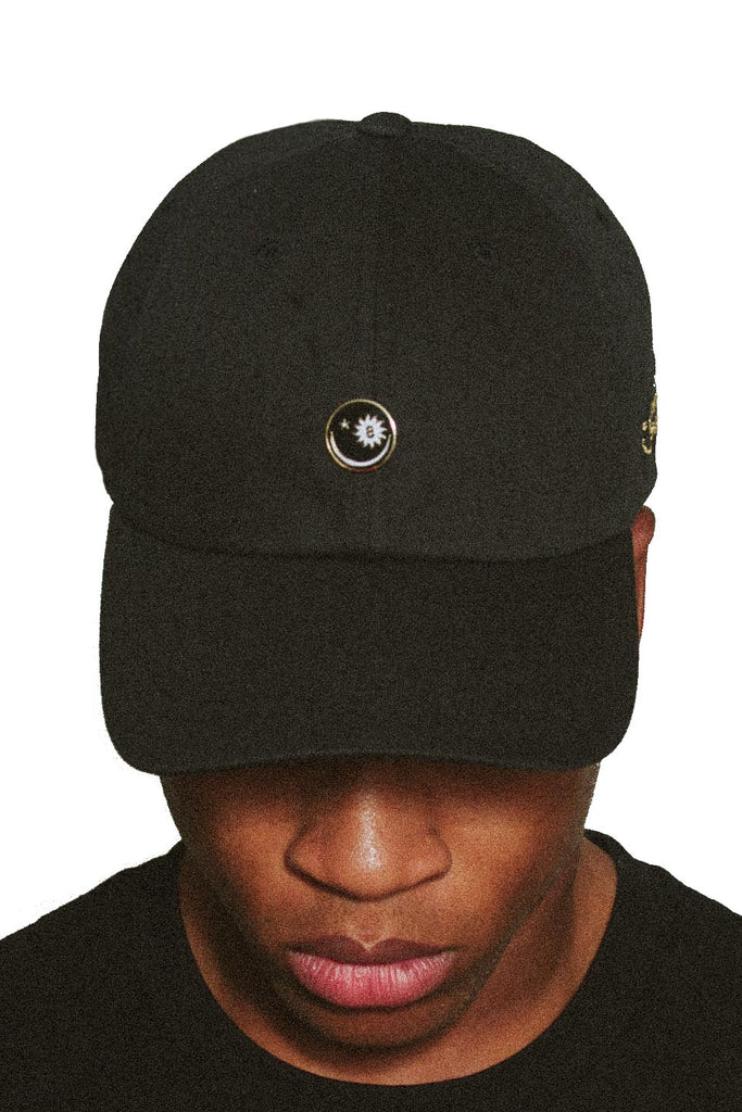 Wavy Eight Daddy Hat in Black