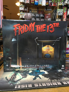Friday the 13th : Camp Crystal Lake Accessory Set