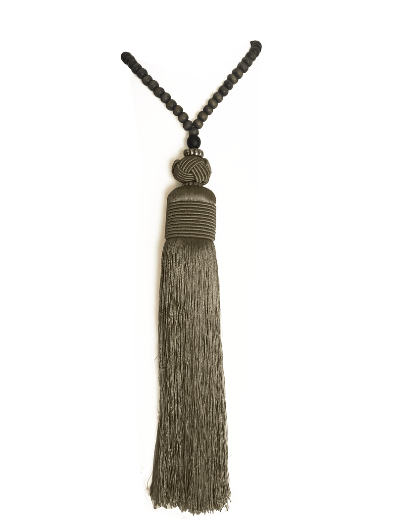 ALYSIA TASSEL NECKLACE - Erika Peña
