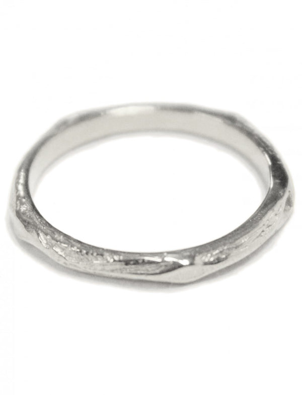 Thin Tree Hammered Stack Ring - Erika Peña